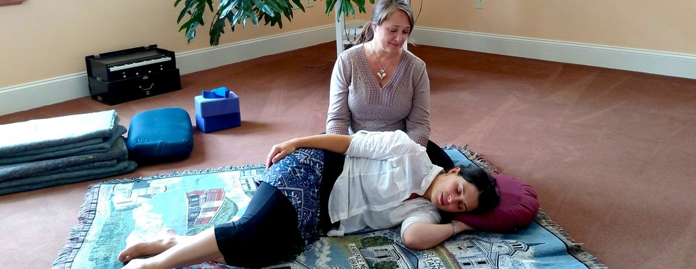 Phoenix Rising Yoga Therapy: A Mind-Body Approach to Grief